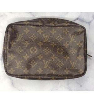 Louis Vuitton Monogram Trousse 23 Travel Bag Used